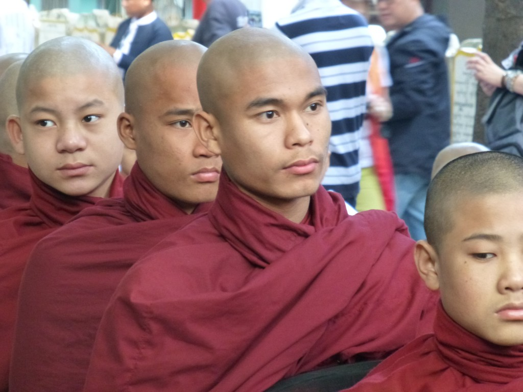 Mandalay - Tempelcomplex nabij Sagaing - Myanmar