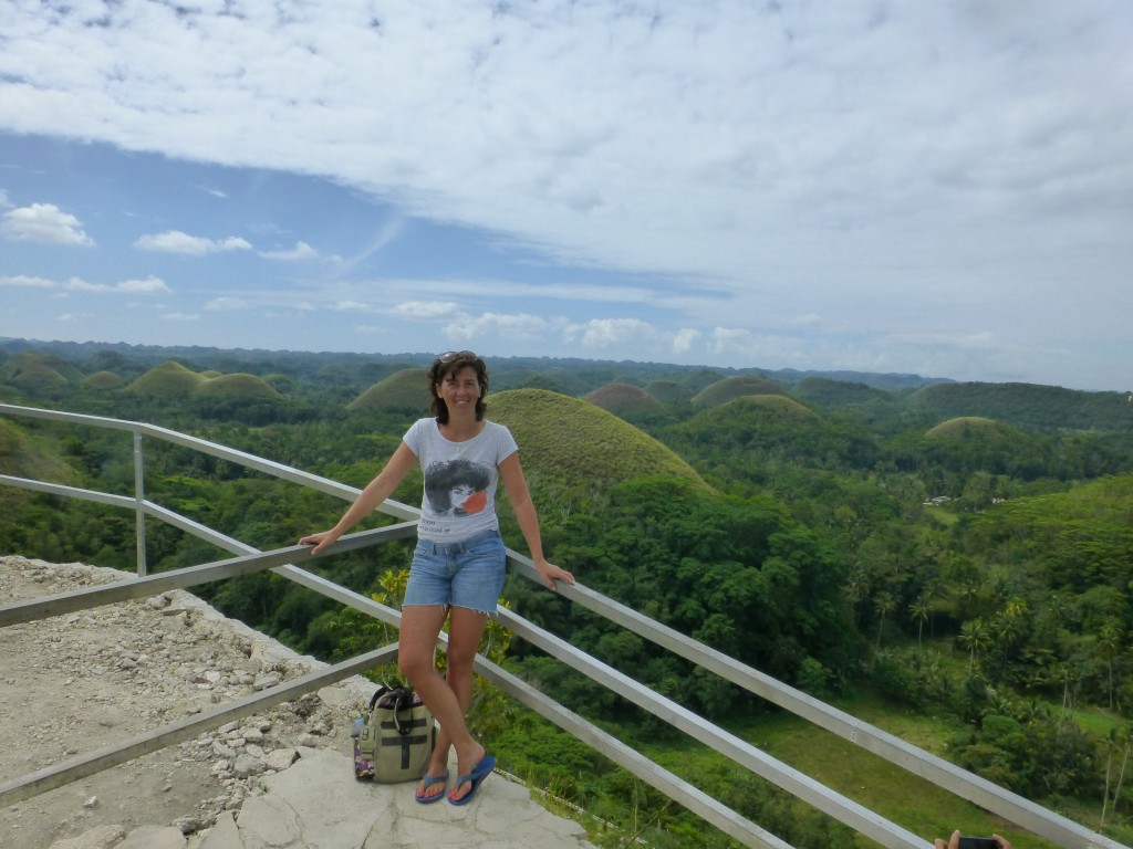 Chocolate Hills viewingpoint - Bohol