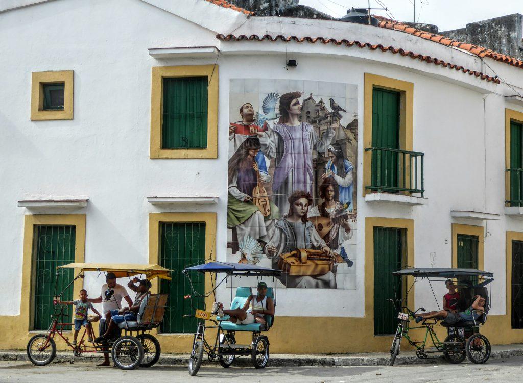 Cuba, Havana Streetscene