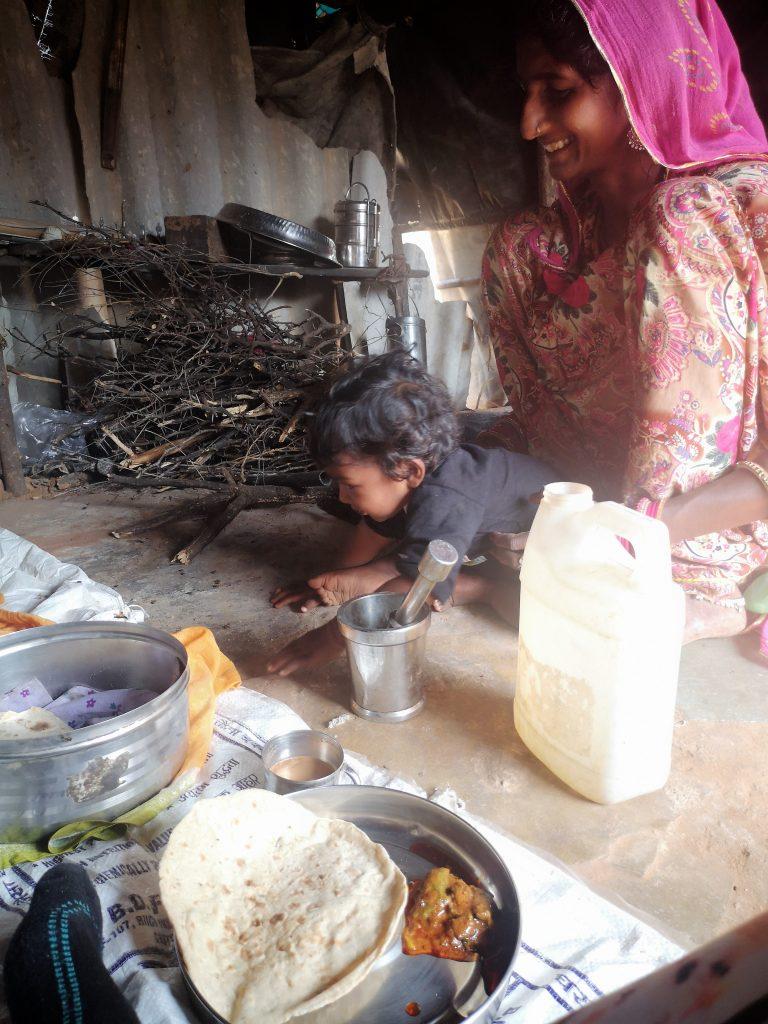 Lunchen bij Ram en Sarda net buiten Pushkar