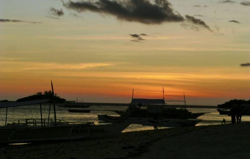 Nachtelijke Avonturen - Op het strand van de Filipijnen