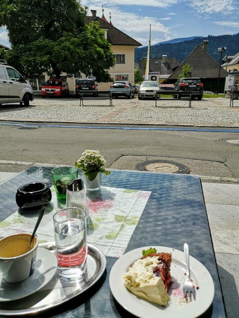 Rathauscafe Millstätt - Kaffee mit torte