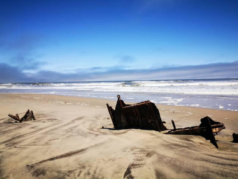 Scheepswtakken aan de skeleton coast