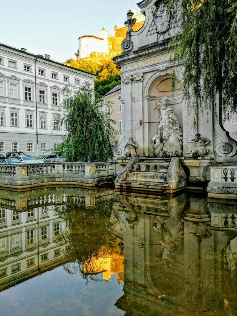 Fontein aan het Kapitelplatz - Salzburg Oostenrijk